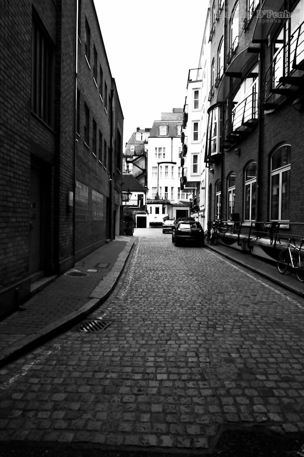 Photograph alley by Lindsay D'Penha on 500px