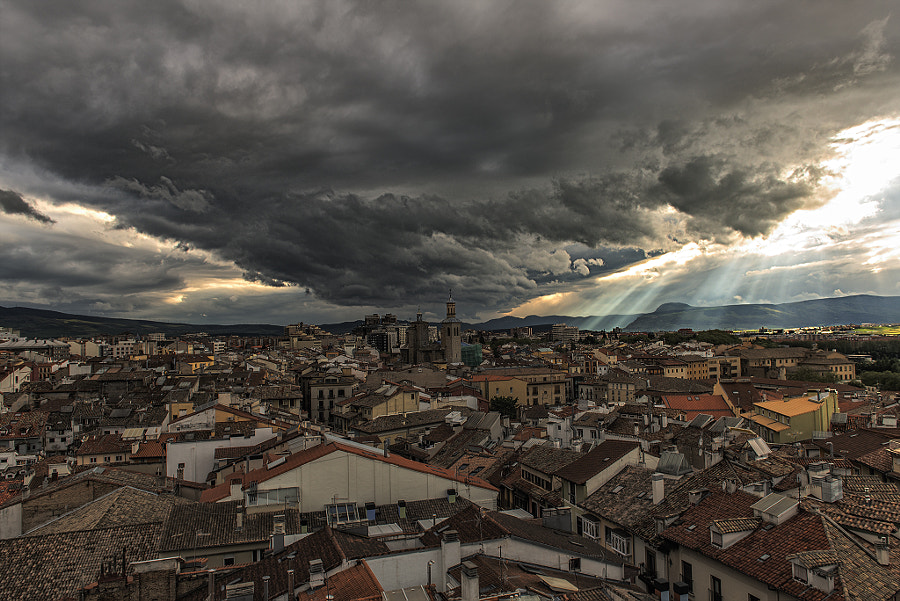 Photograph ... Pamplona desde las alturas ... by Abel  Castro on 500px