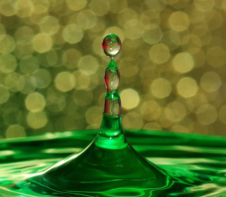 Photograph Droplet by Prachit Punyapor on 500px