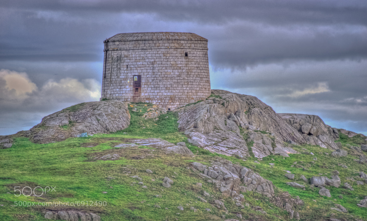 Photograph Guard tower by Pauline  on 500px