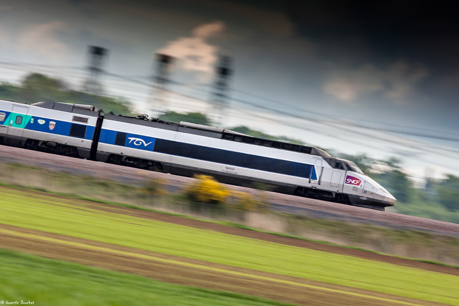 Photograph TGV by Quentin Douchet on 500px