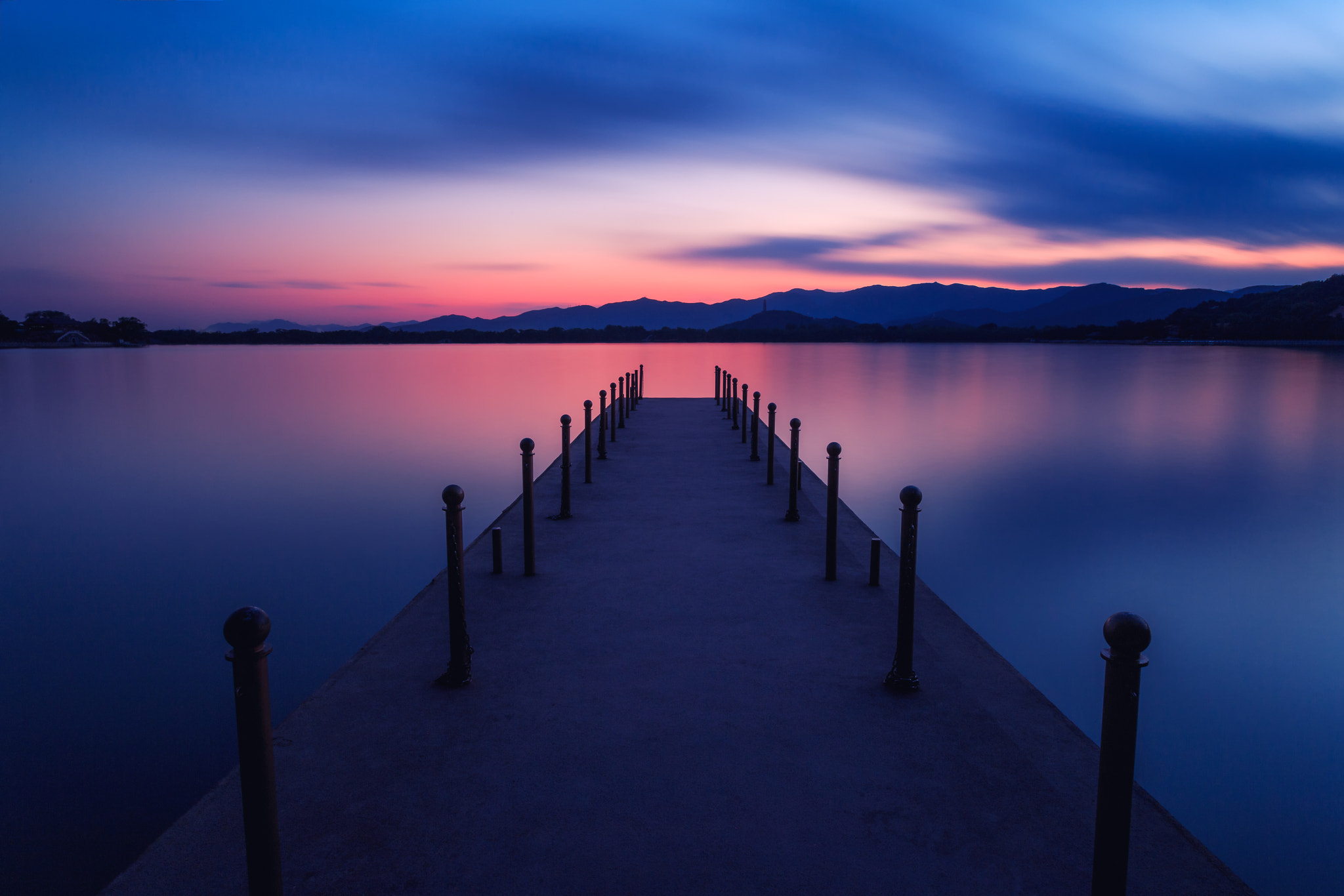Photograph magic hour--240sec by qiao liang on 500px