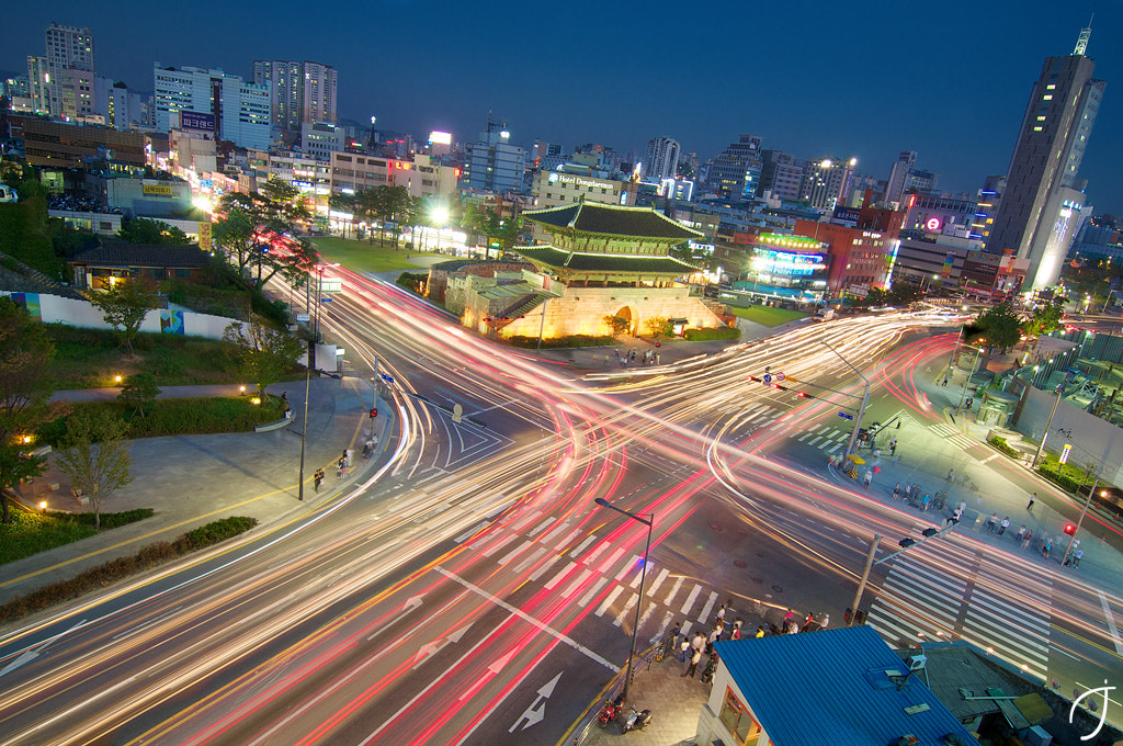 Photograph 동대문4거리 Dongdaemun Intersection magic hour by Romain John on 500px