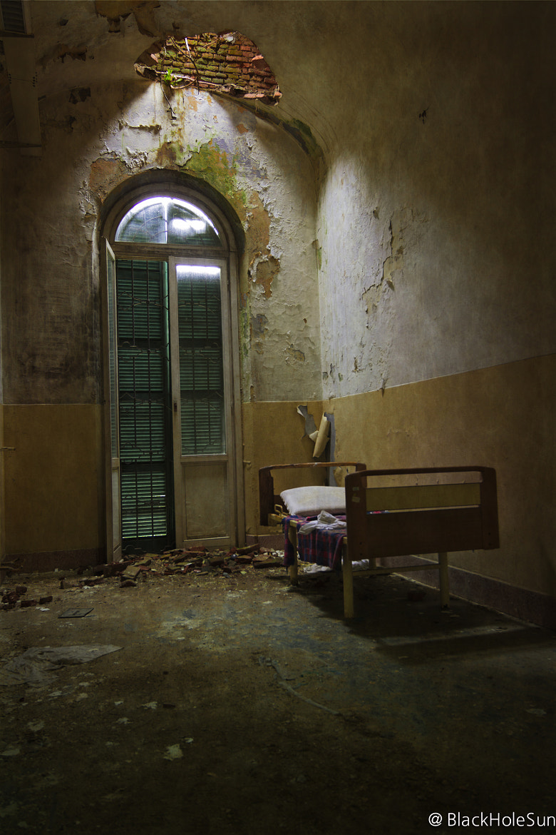 Photograph Resting in a corner  by Stefano Buttazzo on 500px