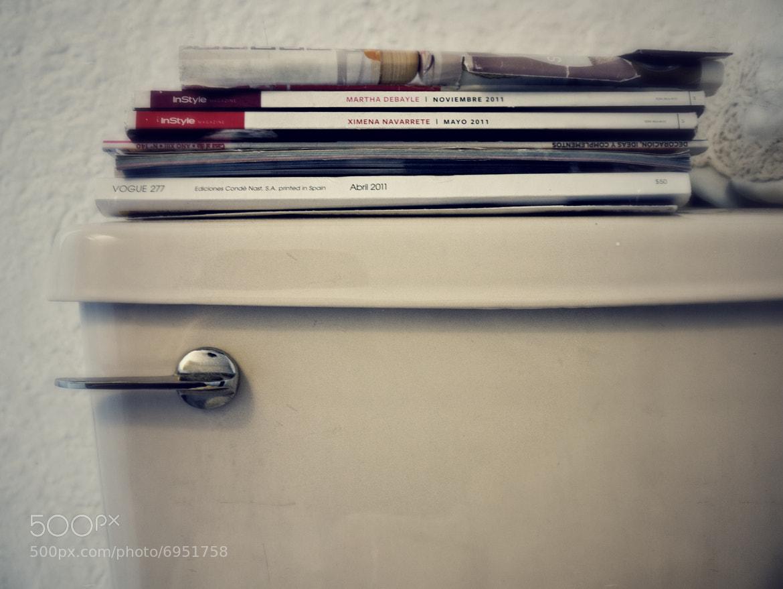 Photograph Reading by Gustavo Mondragon on 500px