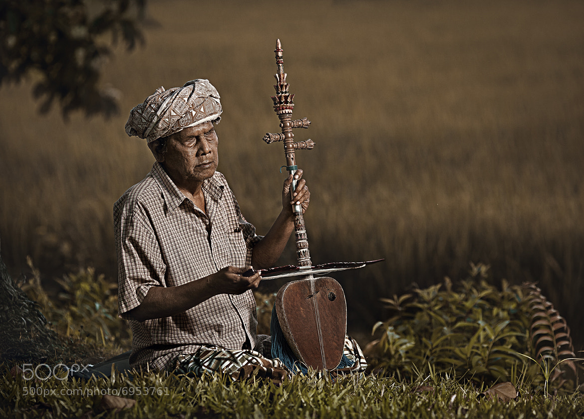 Photograph blind musicians.... by abe less on 500px