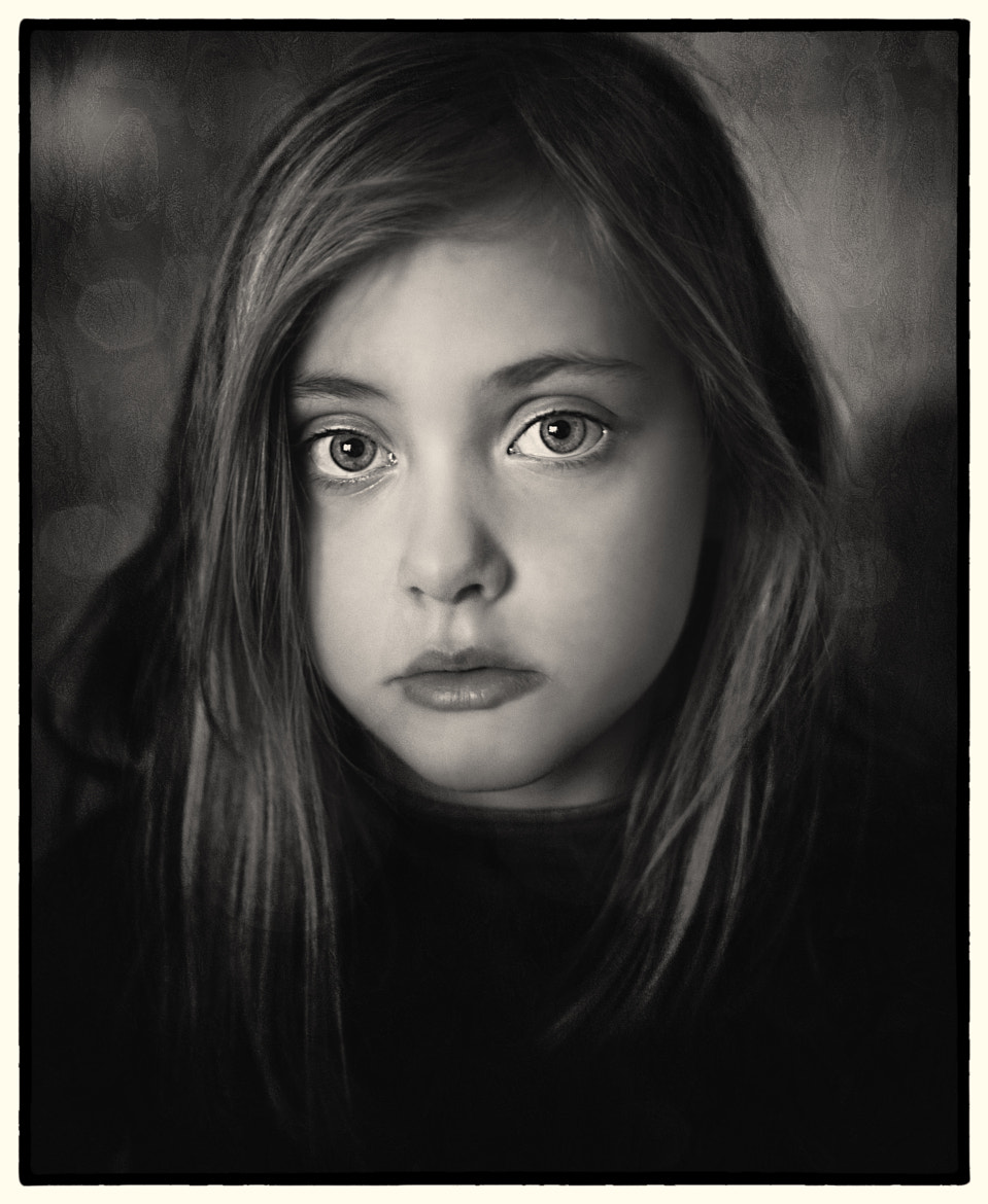 Photograph Isa b&w by Mats  Schöld on 500px