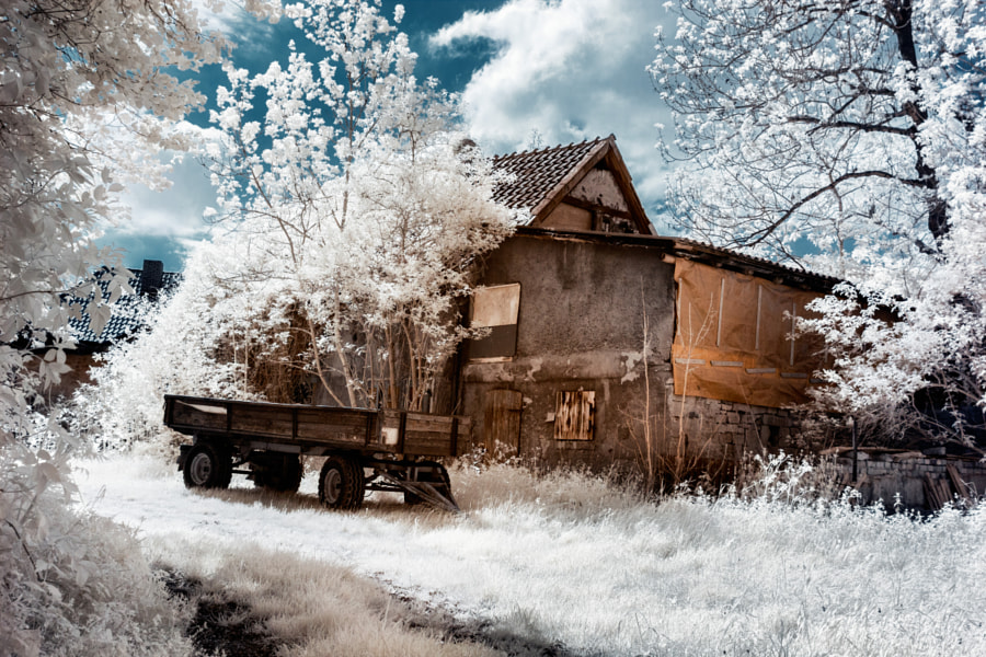Rustic Barn by Sebastian Petersen on 500px.com