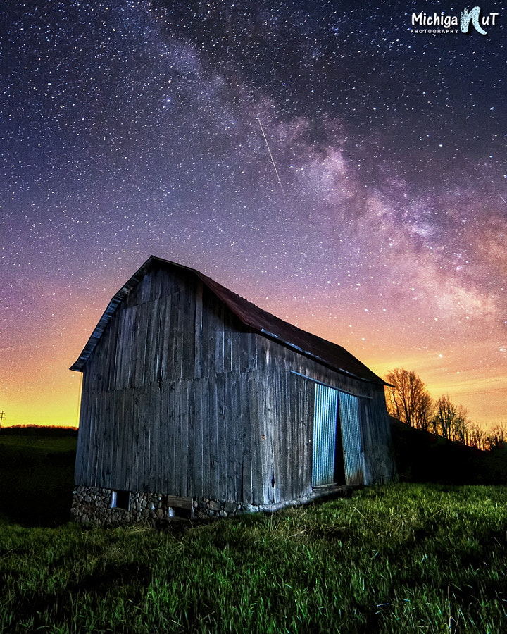 Old barn under the Milky Way in rural Michigan