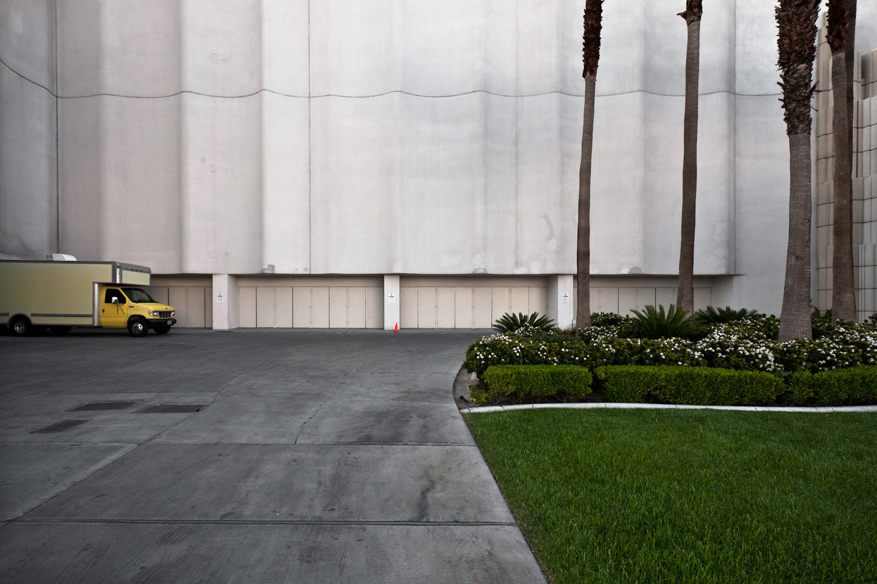 Photograph Backside of MGM Grand by Andrew Louis on 500px
