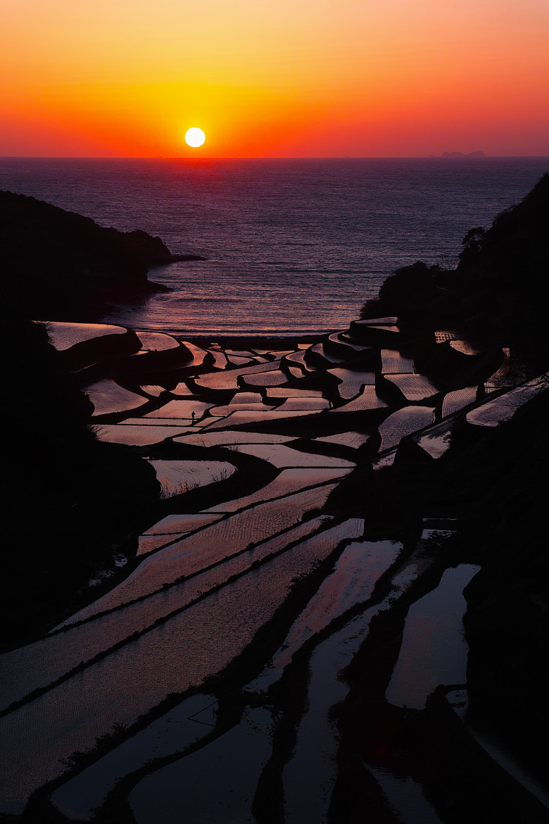 Photograph When the Sun Goes Down by Junya Hasegawa on 500px