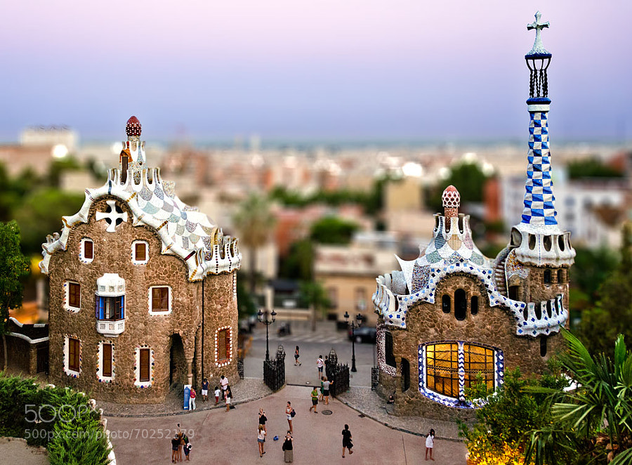 Photograph thilt shift - Park Güell - Barcelona by Emilio Fau Iglesia on 500px