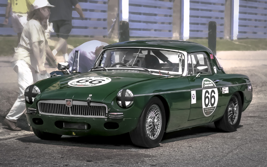 MGB VARAC Vintage Racer