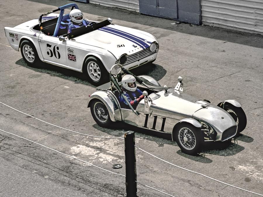 Triumph TR250 - Lotus Super VARAC Racers