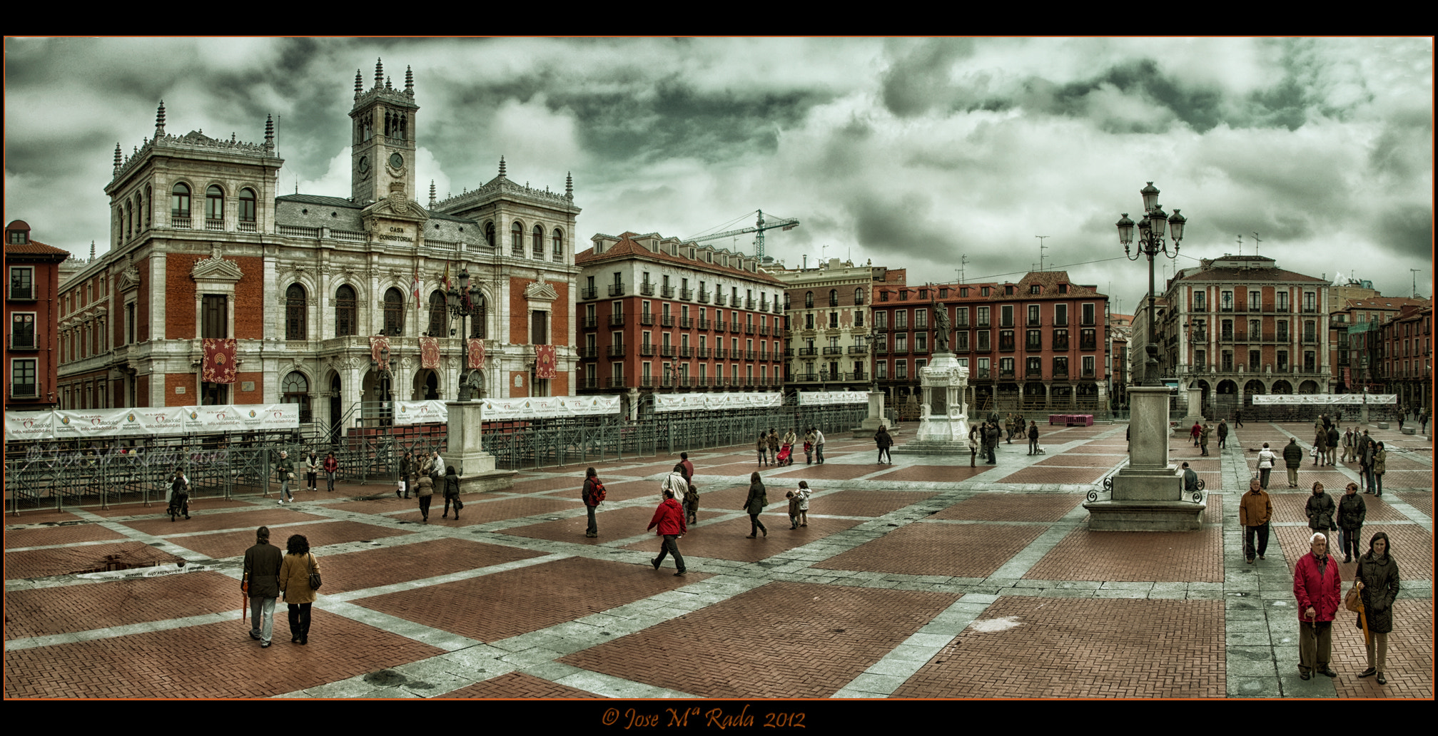 Photograph Plaza Mayor de Valladolid by Jose M Rada on 500px