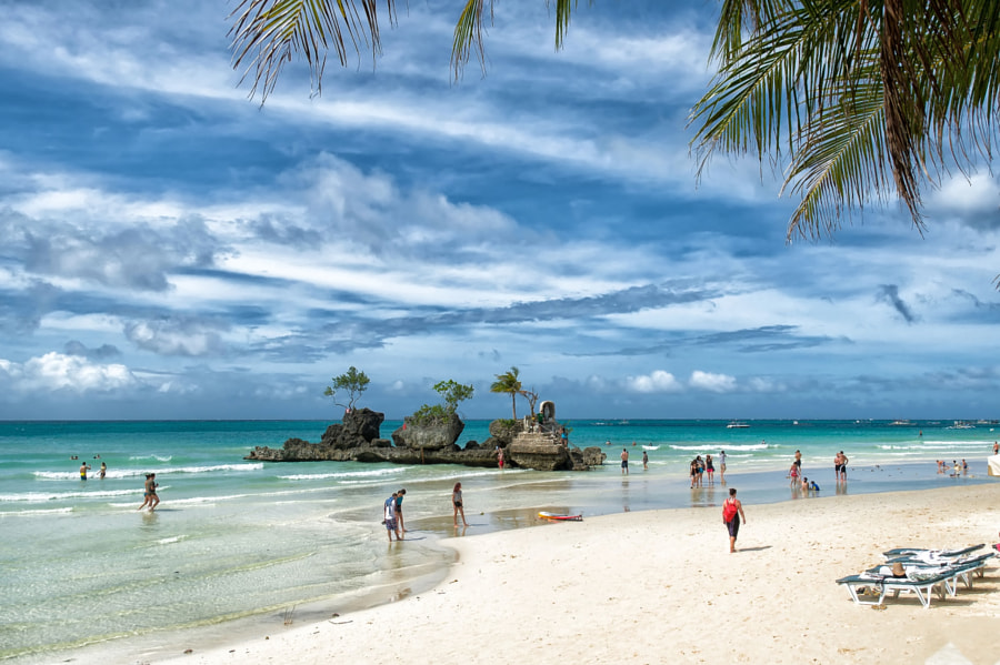Boracay (Philippines) - White Beach - Willy´s Rock by Lutz  on 500px.com