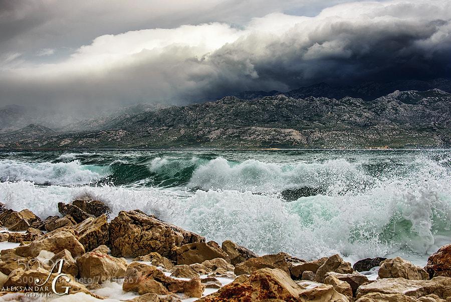 Last breaths of Bura wind in the Velebit Channel made Bura wind cap above Velebit shed a few tears