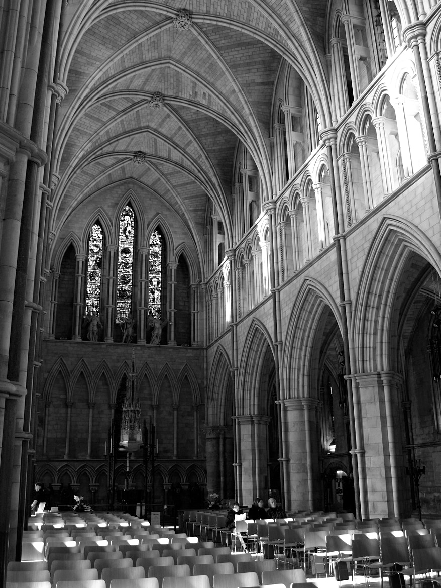 Photograph Southwark Cathedral  by David Walker on 500px