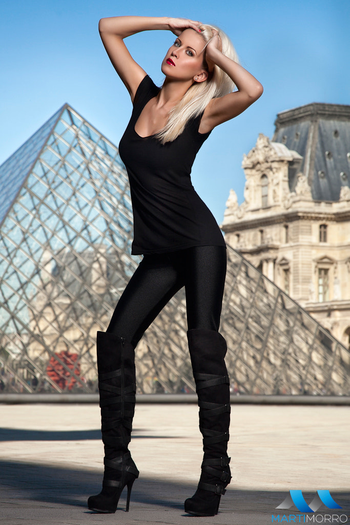 Photograph Palina in Louvre by Martí Morro on 500px