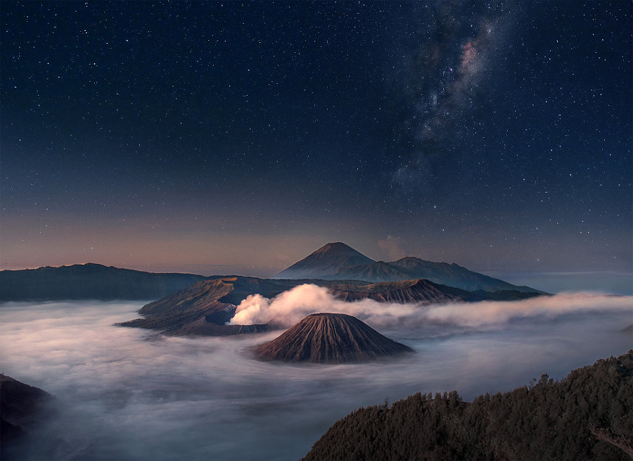 Photograph Bromo Starry Night by Silentino Natti on 500px