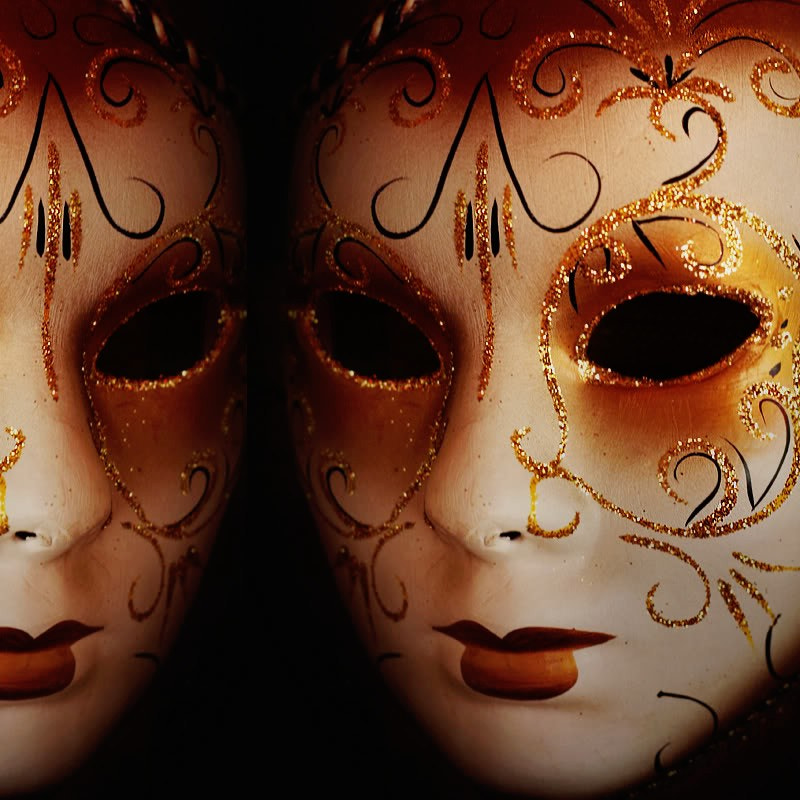 Photograph Two masks by Vey Telmo on 500px
