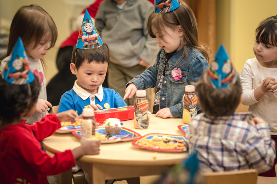 how to photograph a child s birthday party