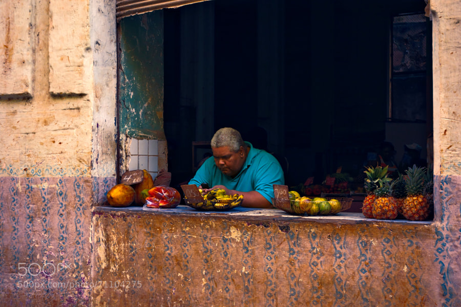 Photograph Fruit vendor by Jekurantodistaja on 500px