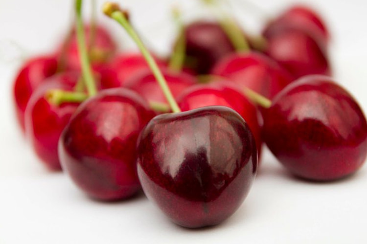 Photograph Cherries by Naomi Turner on 500px
