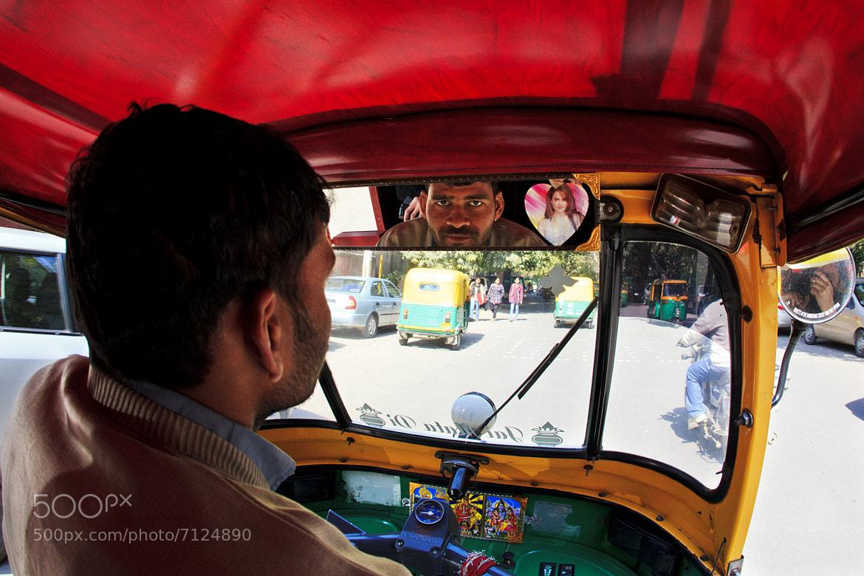 Photograph The rickshaw driver - Dehli - India by Louis-Thibaud  Chambon on 500px