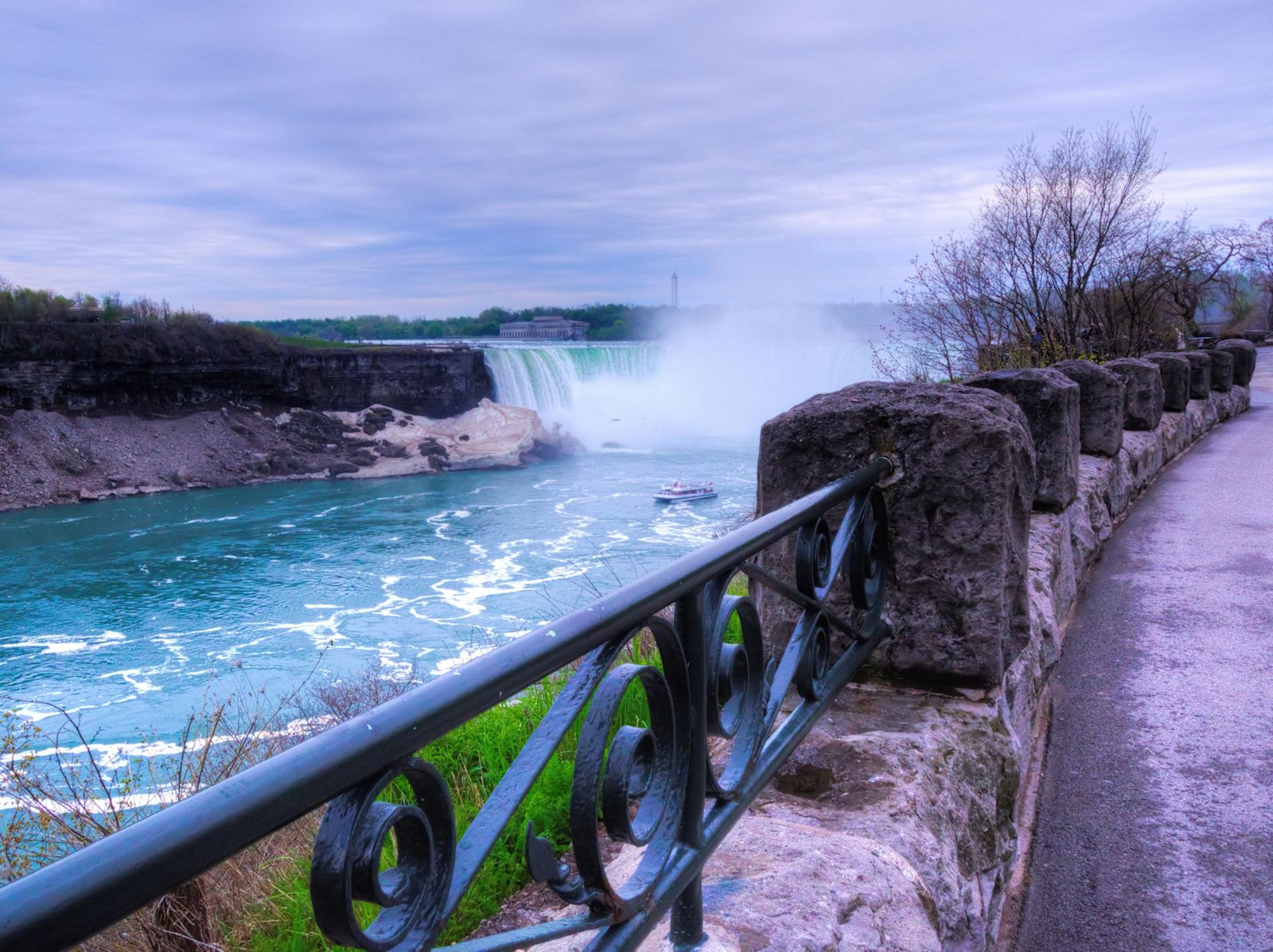 Photograph Niagara Railing by Grant MacDonald on 500px