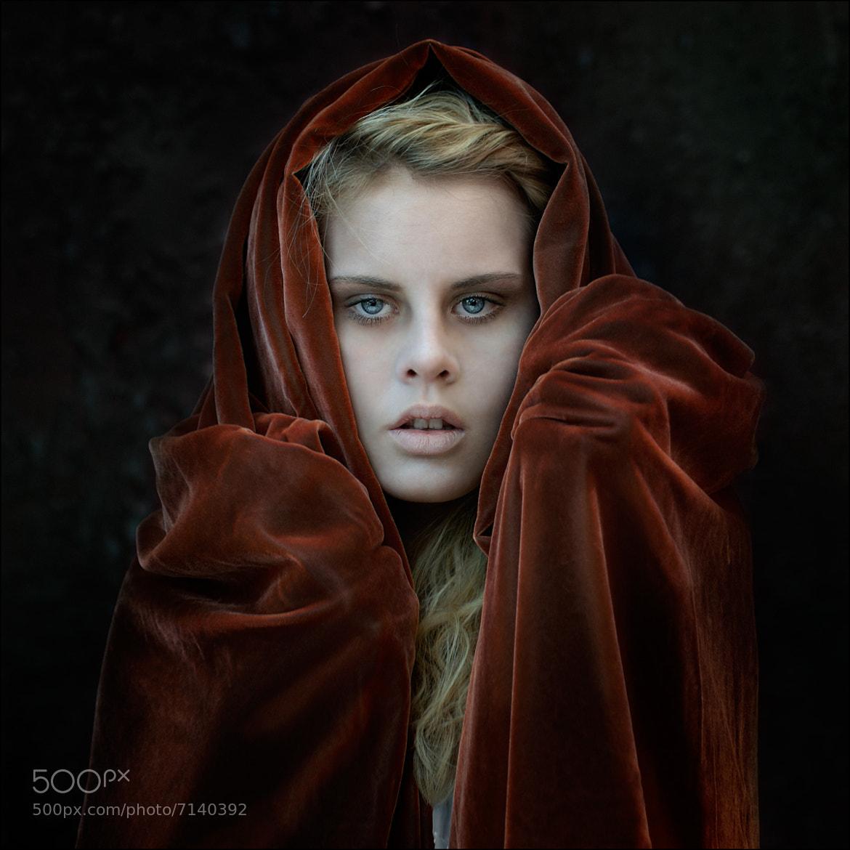 Photograph portrait of a girl by Zbigniew Sadowski on 500px