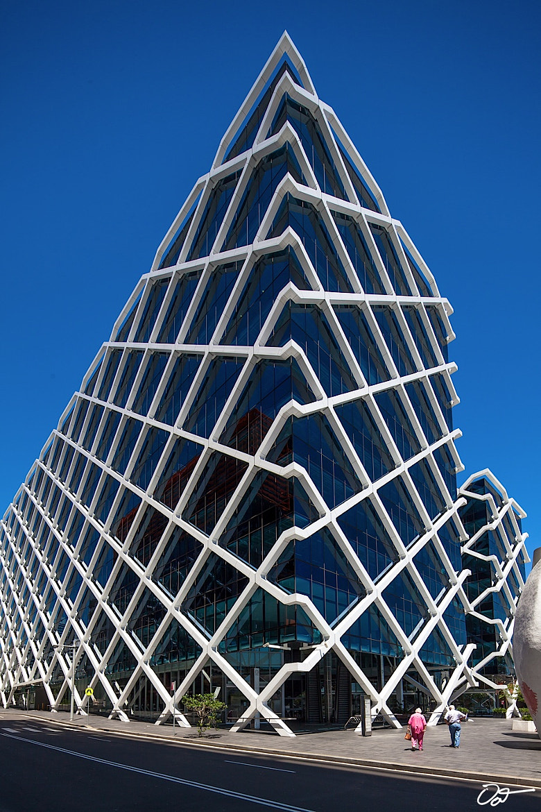 Photograph The Macquarie Bank Building by Oat Vaiyaboon on 500px