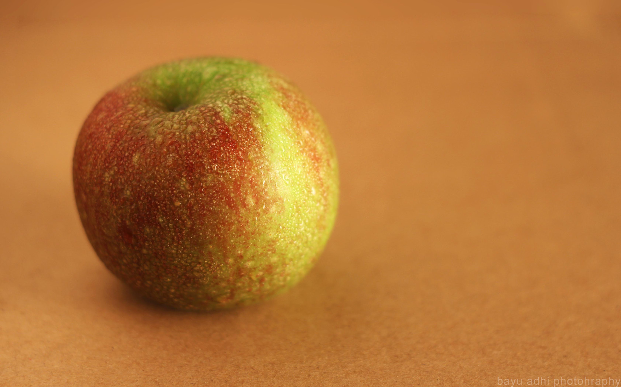 Photograph Apple by Bayu Adhi on 500px