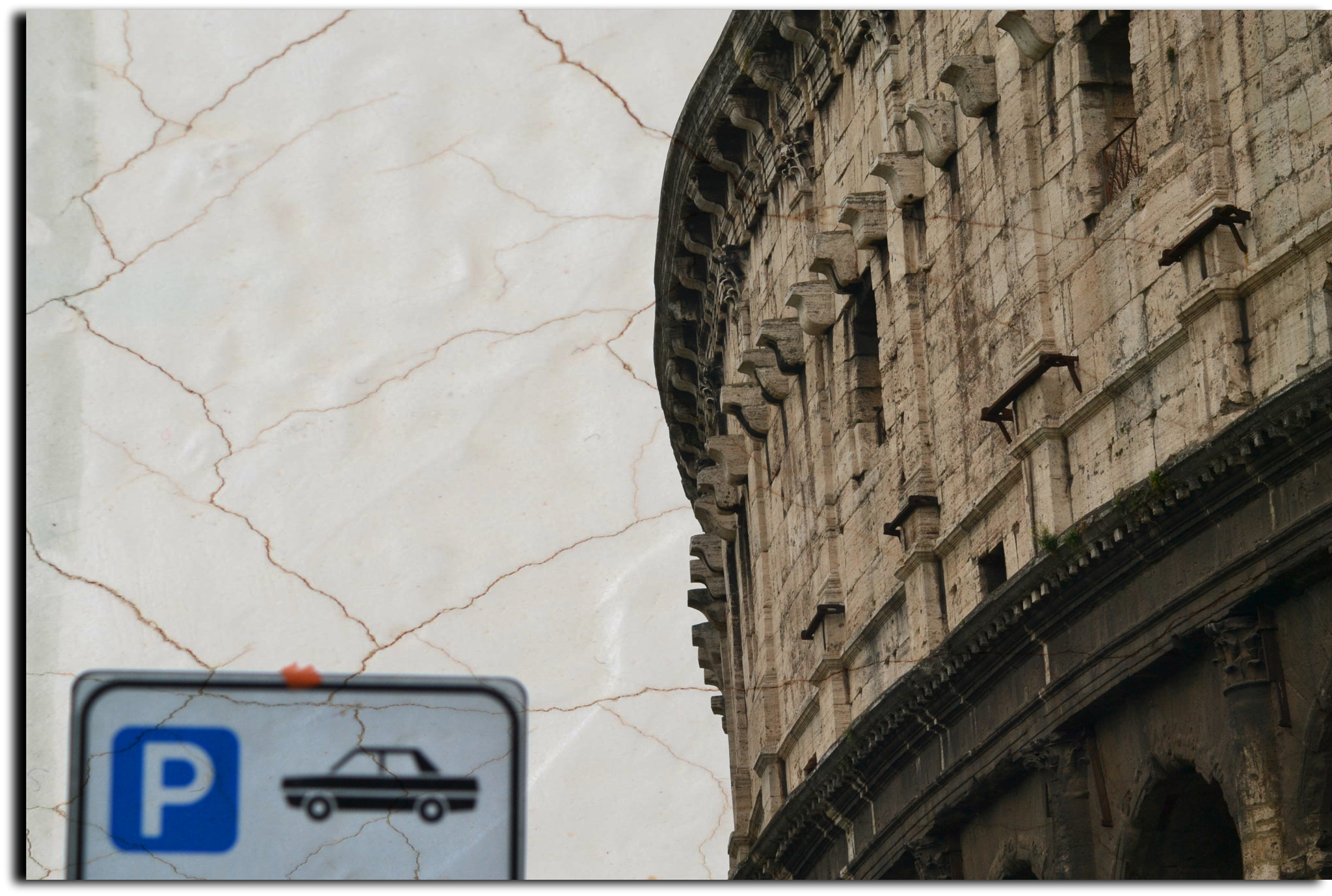 Photograph NO PARKING COLOSSEO by Luca Amerberg on 500px