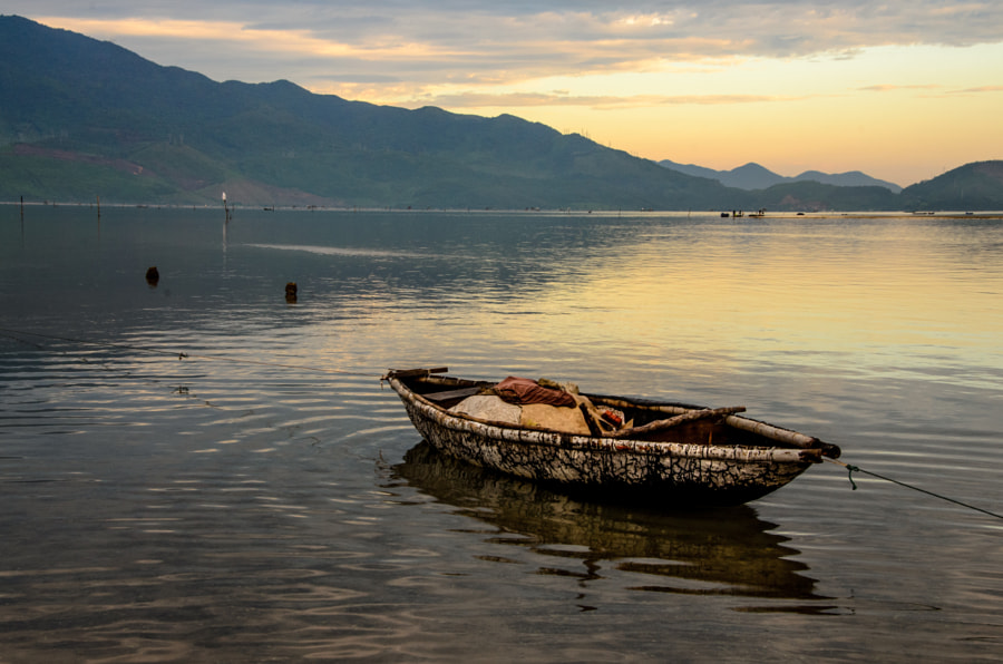 LANG CO- HUE- VIETNAM by tho dinh on 500px.com