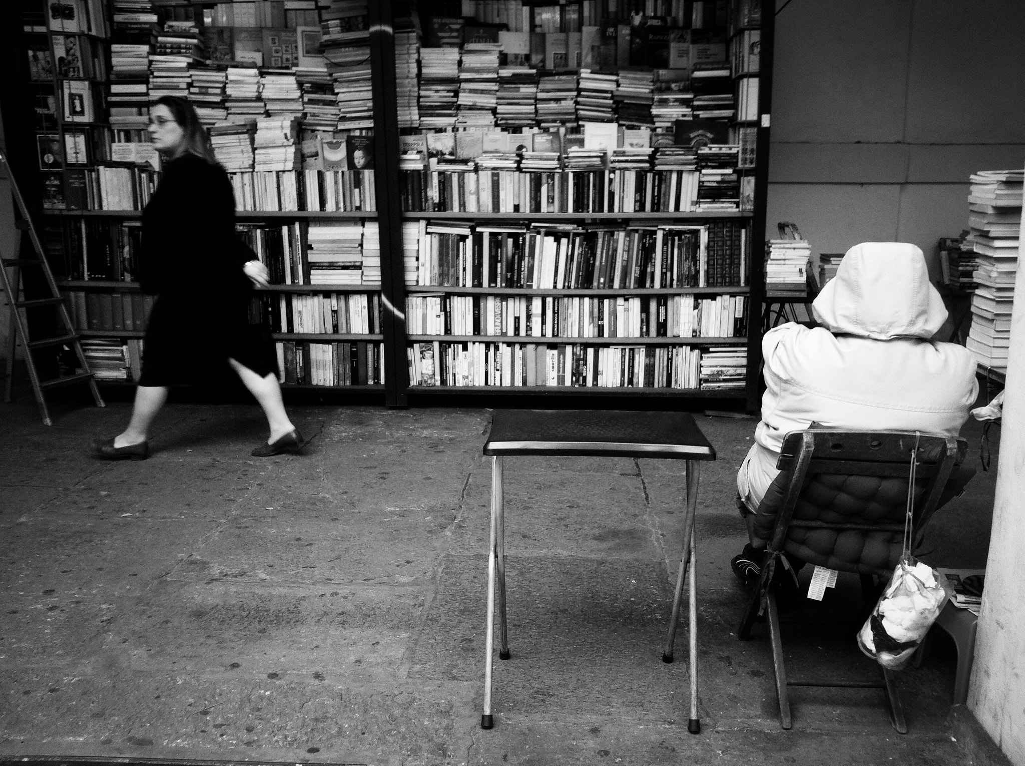 Photograph The bookseller by Alessandro Greganti on 500px