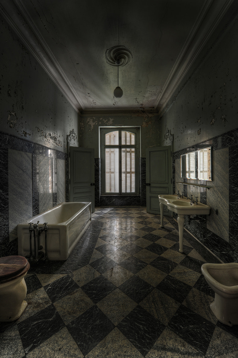 Photograph Lost Bathroom by Niki Feijen on 500px