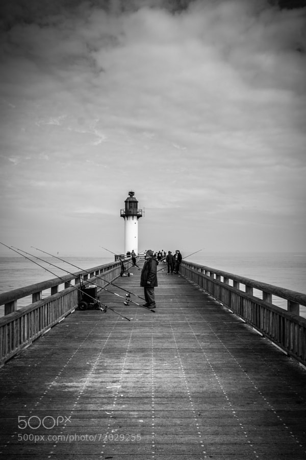 Photograph Jetée de Calais by David Gorriez on 500px