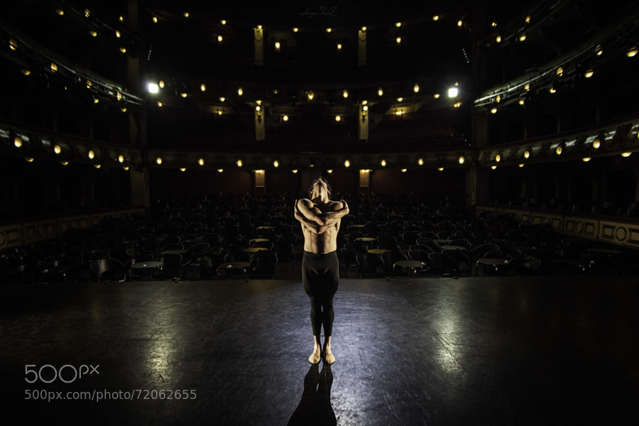 Photograph Josué Ullate - Teatro Calderón (Madrid) by Jorge Sanz on 500px