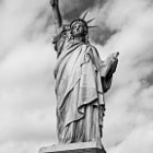 Постер, плакат: Statue of Liberty BW