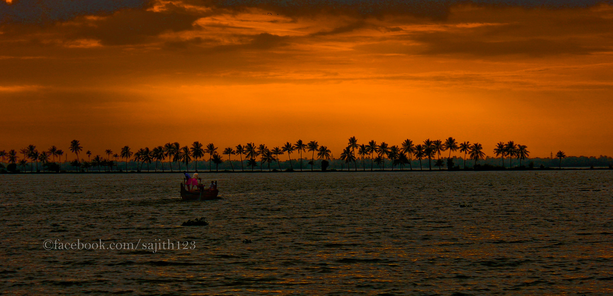 Photograph To the horizon by Sajith S on 500px