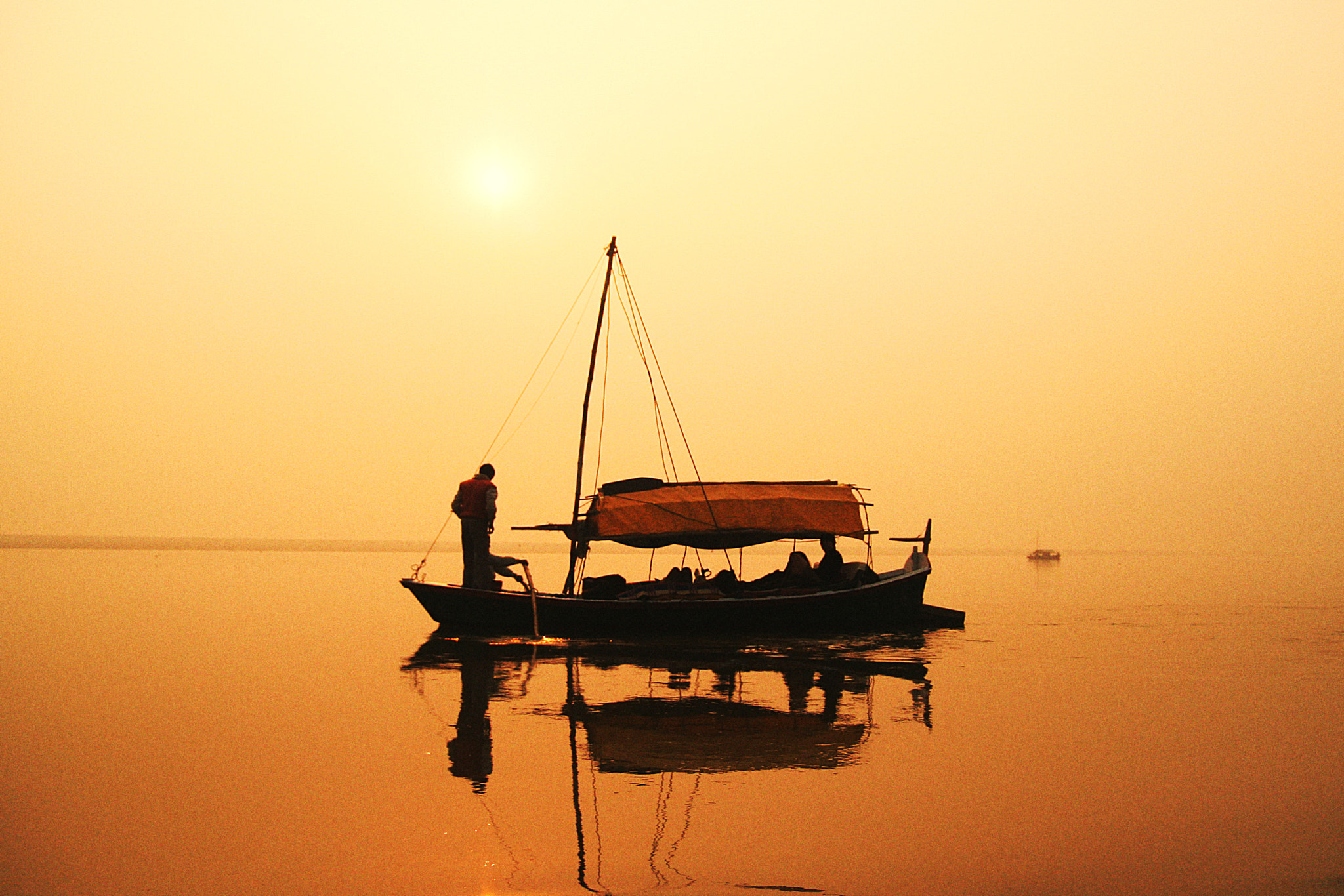 Photograph C350D-IMG_2613-PR Canon EOS 350D Ganges River India by Nic Prins on 500px