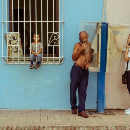 4 Generations of Cuba Converge on a Street Corner
