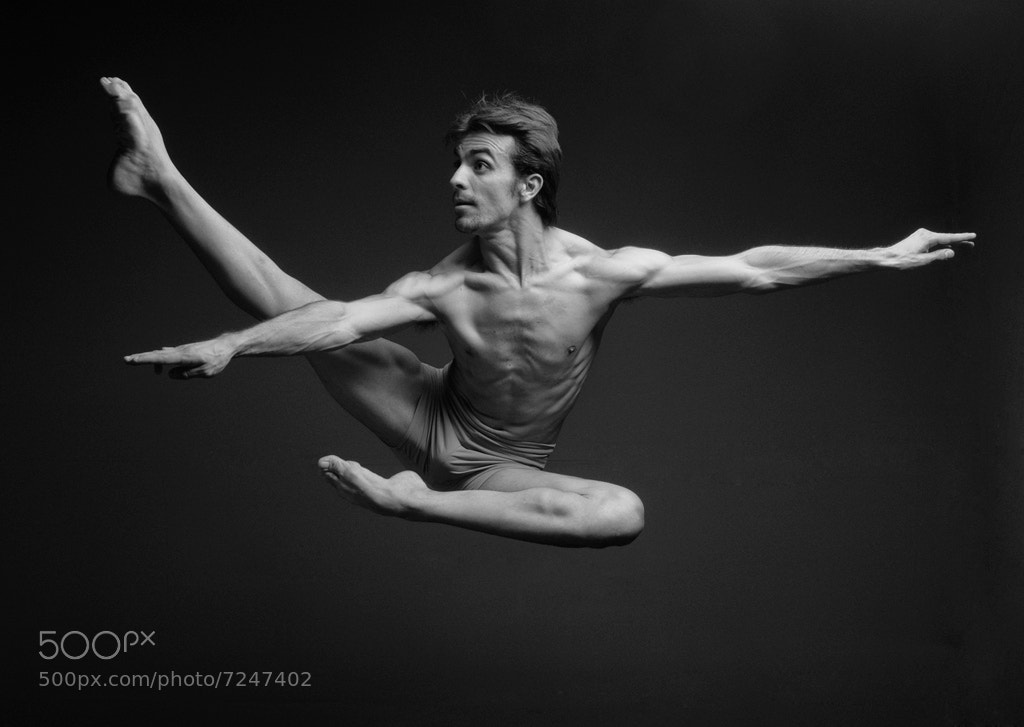 Photograph Javier Conejero Dancer 05 by Ivan Zabrodski on 500px