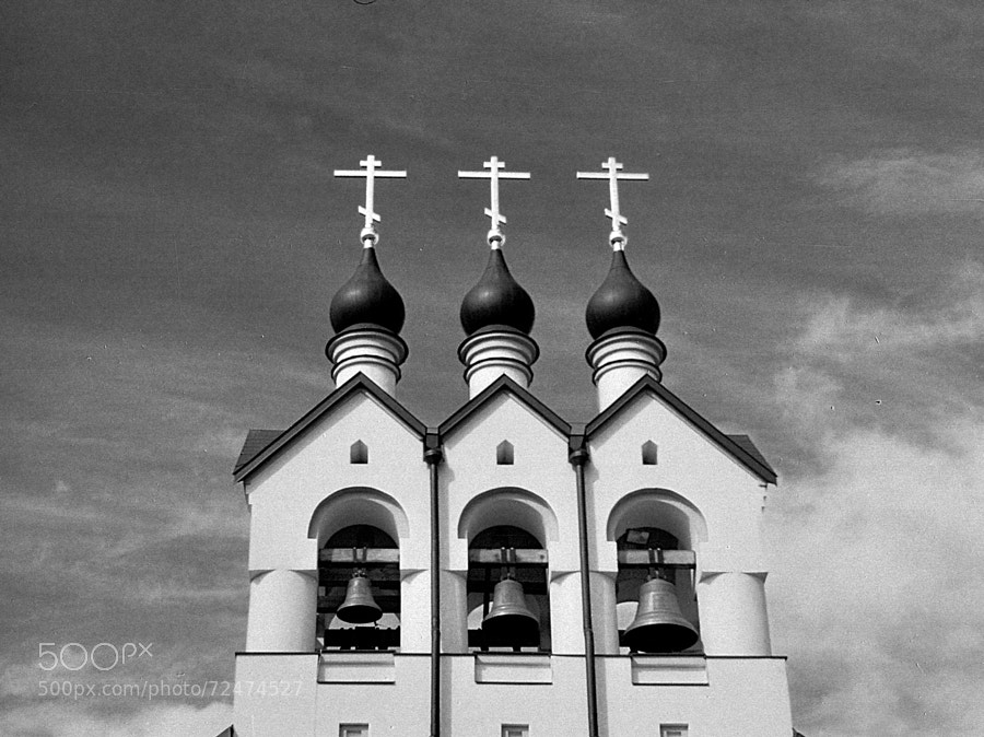 Photograph theme of Church in Potapovo (ver.Retro B&W#3) by Andrew Barkhatov on 500px