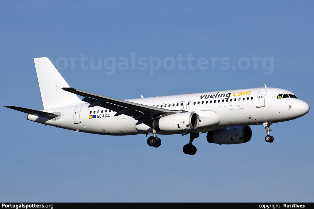 Photograph VUELING A320 by Eu Spotter on 500px