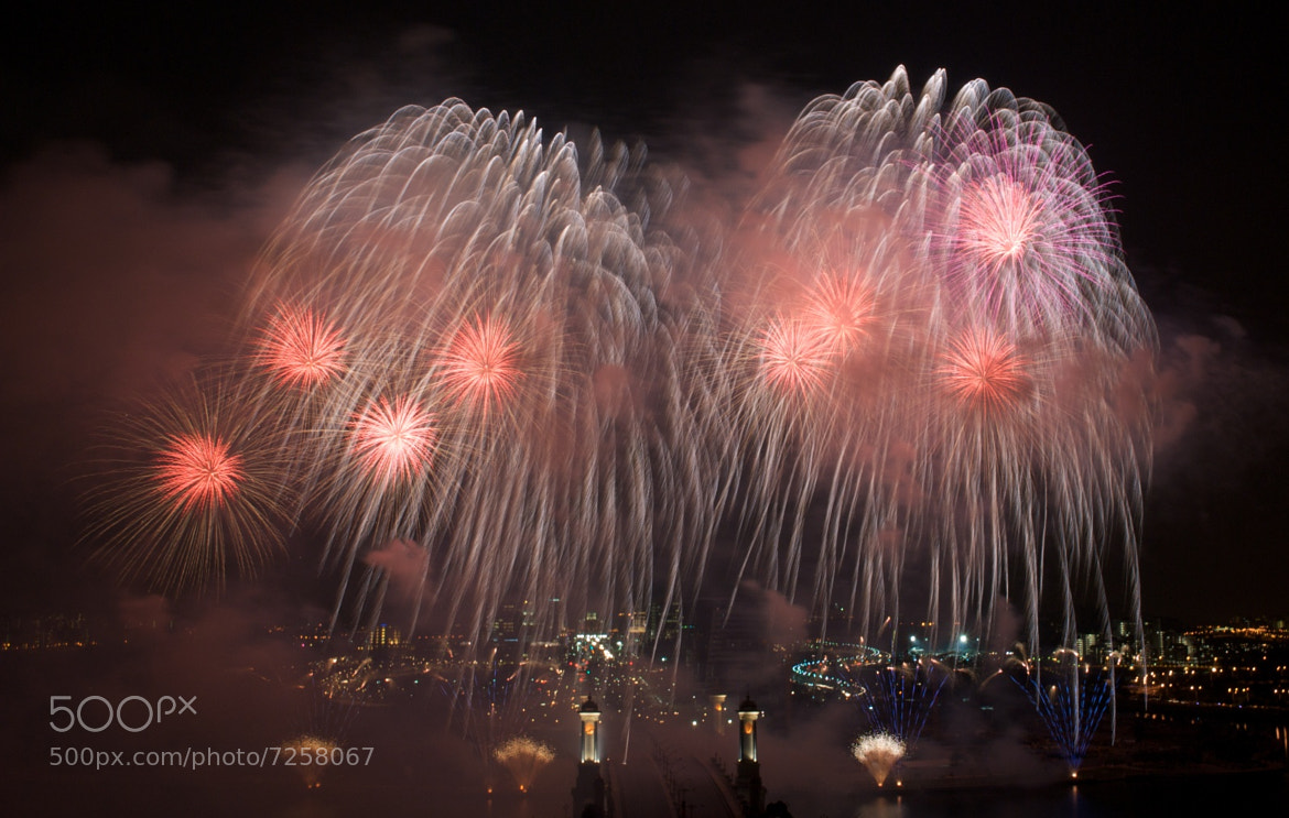 Photograph Fireworks by Tze-Meng Tan on 500px