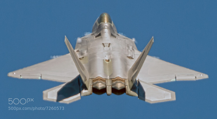 F-22 Raptor demo during the 2012 Robins AFB Air Show