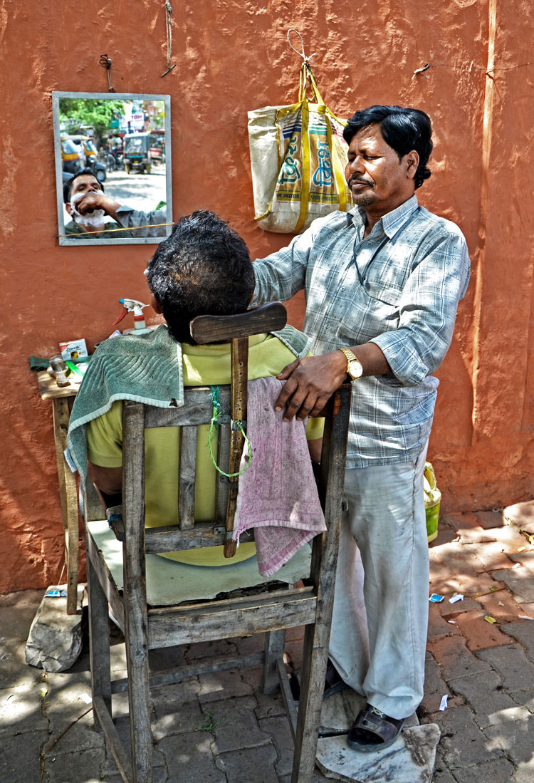 Photograph Street barber by Mehmet AKIN on 500px
