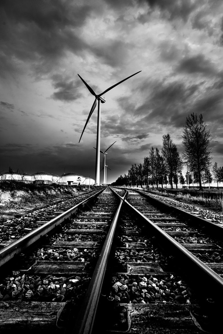 Photograph On the Wrong Track by Jasper Poppe on 500px